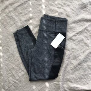 Athletes Herringbone Luxe Metro Drifter Leggings
